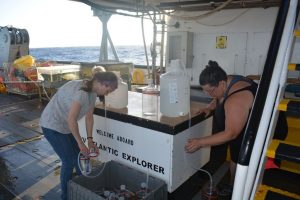 Scientists set up an incubation experiment aboard the research vessel Atlantic Explorer